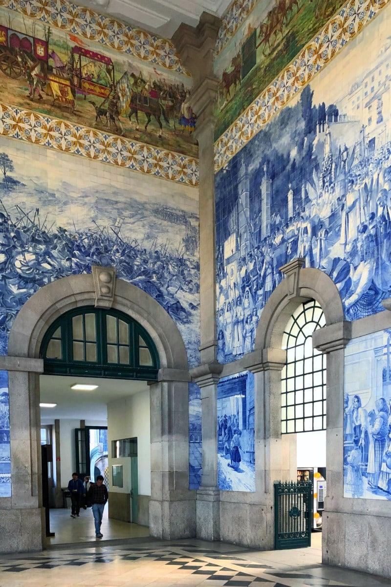 Sao Bento Train Station in Porto, Portugal