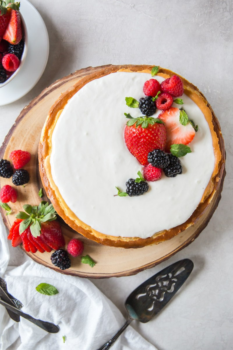 New York Style Cheesecake with Fresh Berries