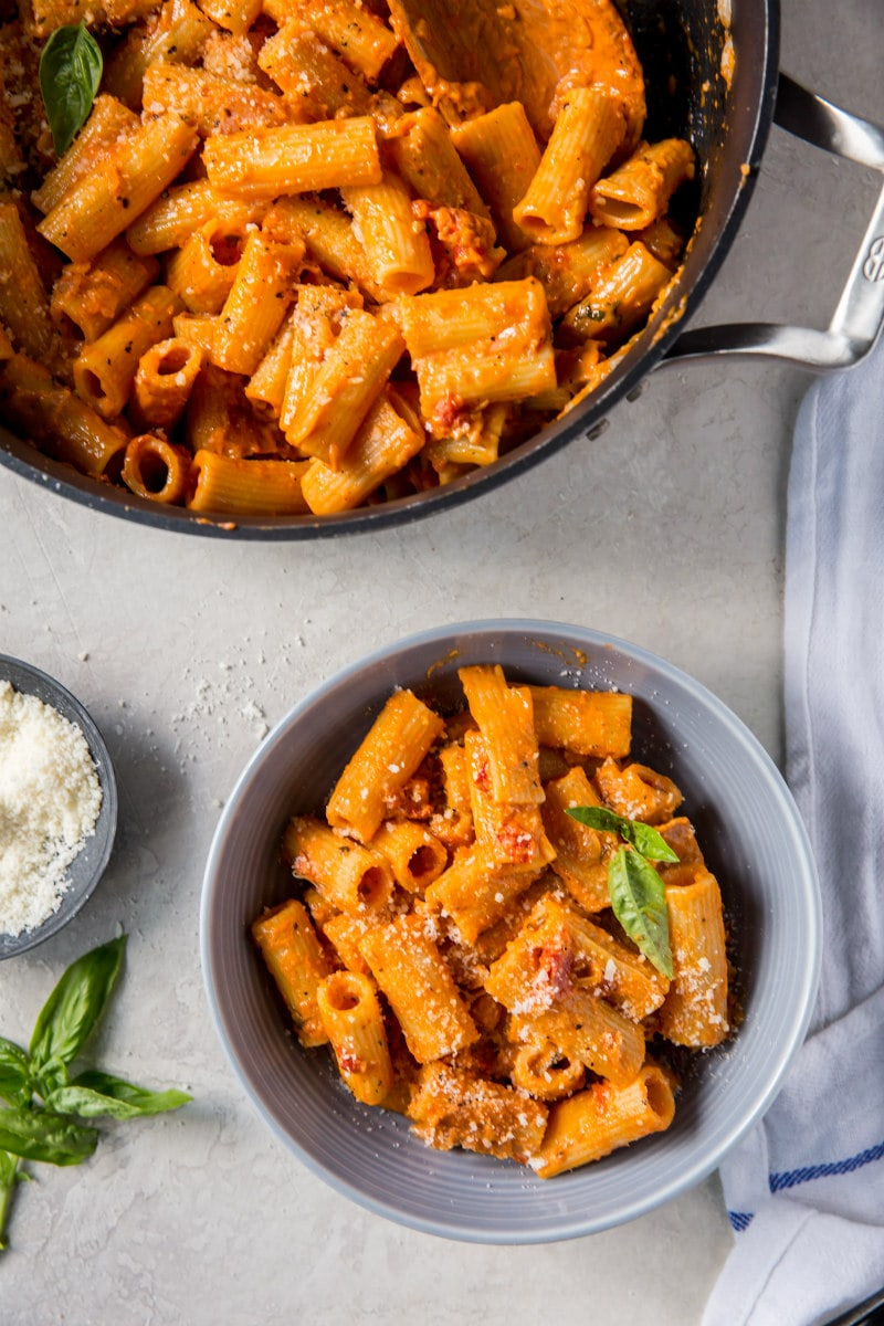 serving of Rigatoni in Vodka Sauce