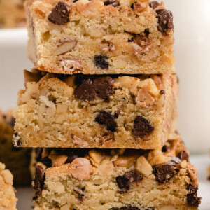 close up of three blondies stackes