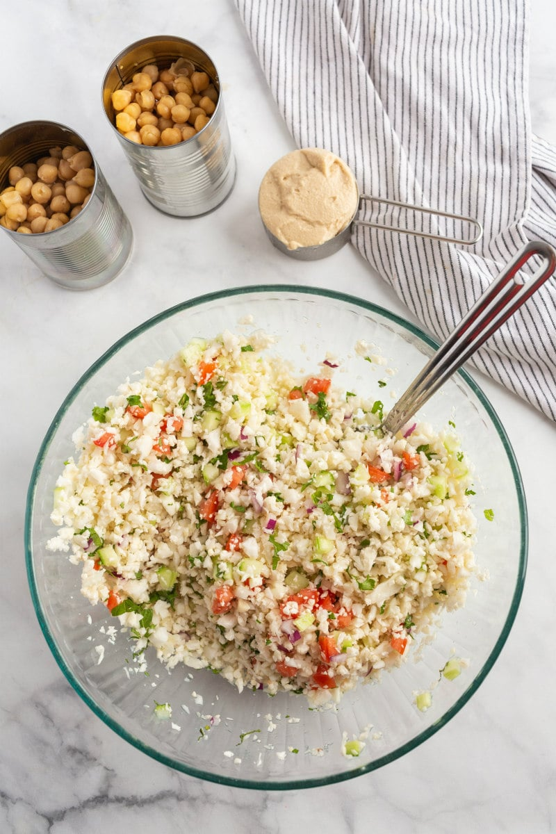 Cauliflower Tabbouleh ina bowl