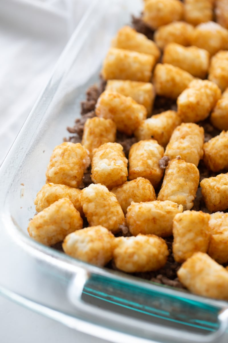 making easy tater tot casserole
