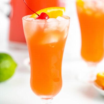 hurricane cocktail punch in hurricane glass