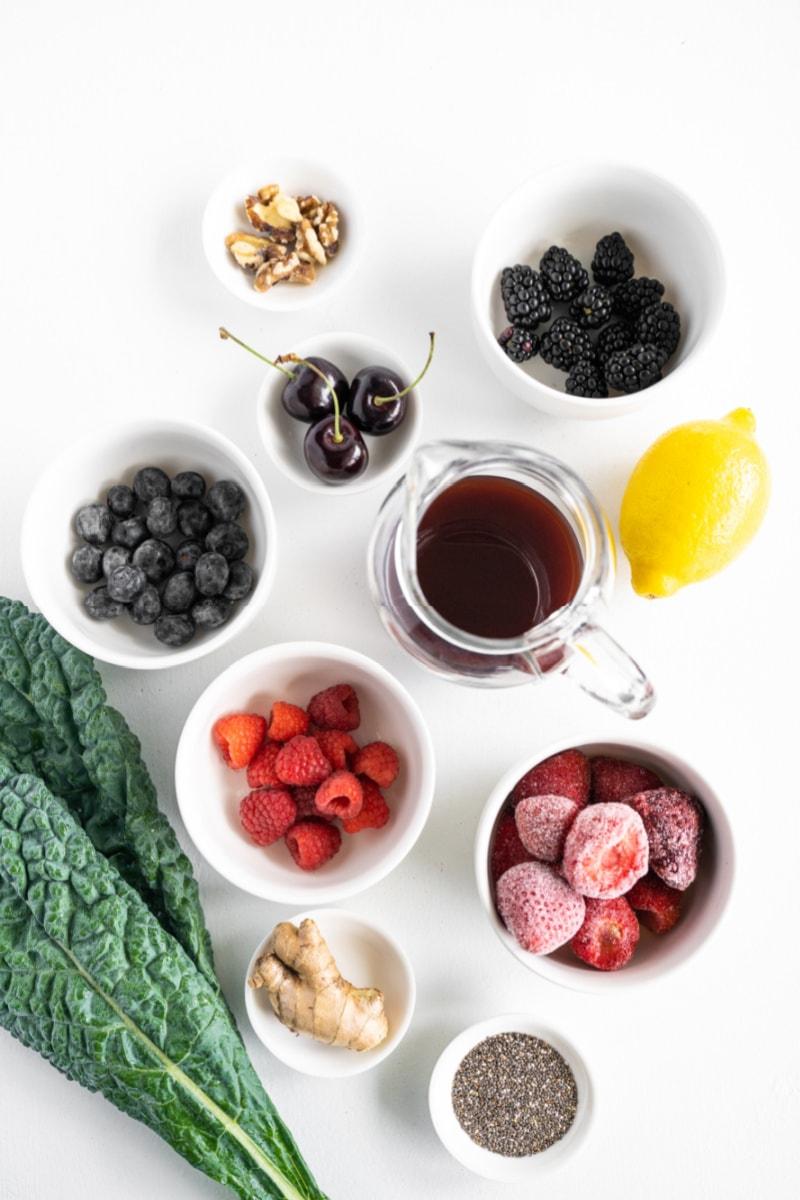 ingredients displayed for making berry detox smoothie