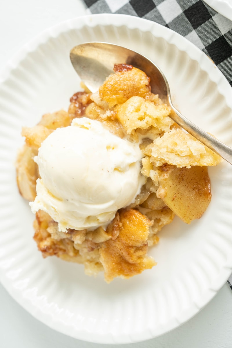 serving of apple cobbler with ice cream