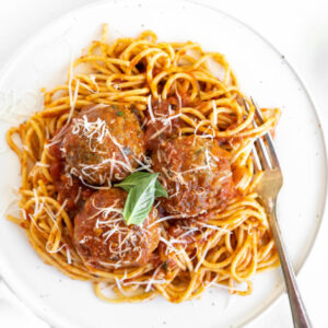 pinterest image for spaghetti and meatballs