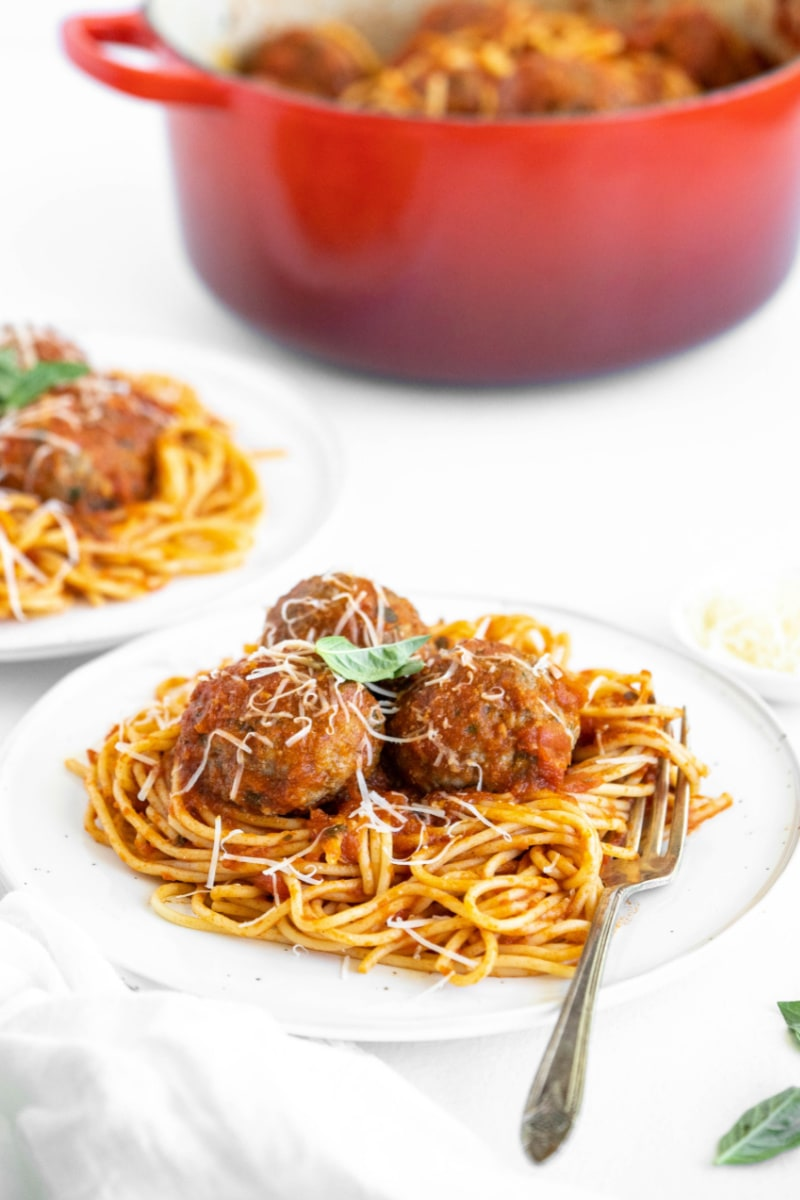 serving of spaghetti on plate